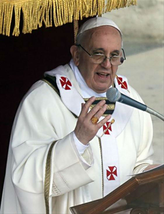 "<div class=""meta ""><span class=""caption-text "">Pope Francis celebrates his inaugural Mass in St. Peter's Square at the Vatican Tuesday.</span></div>"