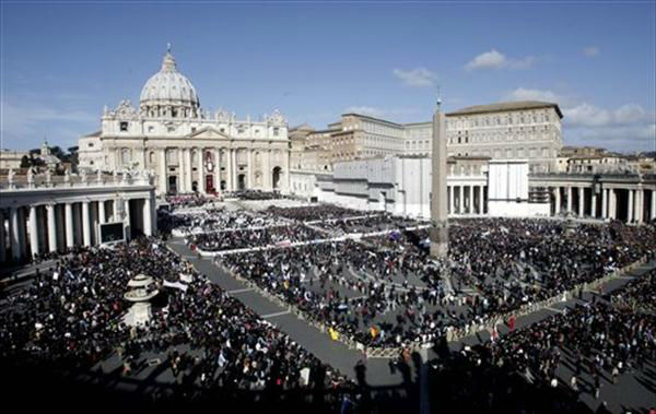 "<div class=""meta image-caption""><div class=""origin-logo origin-image ""><span></span></div><span class=""caption-text"">Pope Francis celebrates his inaugural Mass in St. Peter's Square at the Vatican Tuesday.</span></div>"
