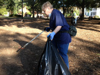 Volunteers pick up trash at Raleigh&#39;s Moore Square Park in a day of service to mark the September 11 anniversary. <span class=meta>(WTVD Photo&#47; Anthony Wilson)</span>