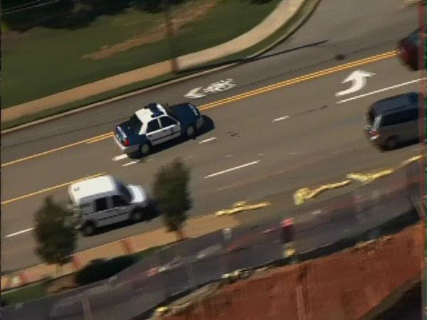 Police investigate a shooting in the Cameron Village shopping center in Raleigh Monday. <span class=meta>(WTVD Photo)</span>