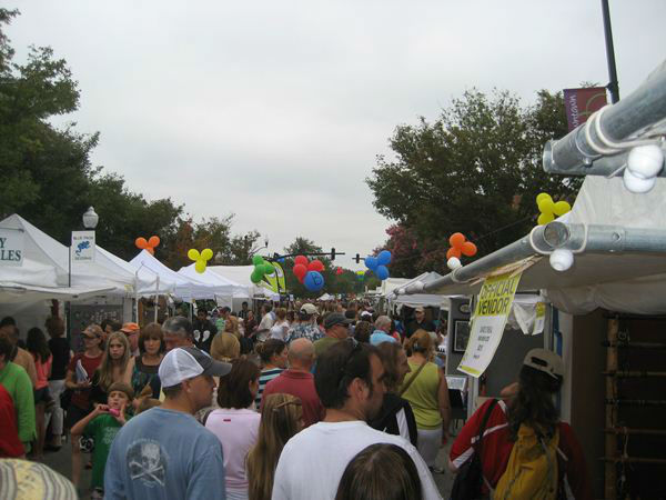 Lazy Daze Arts and Crafts Festival - Town of Cary <span class=meta>(WTVD Photo&#47; Ian Slack)</span>