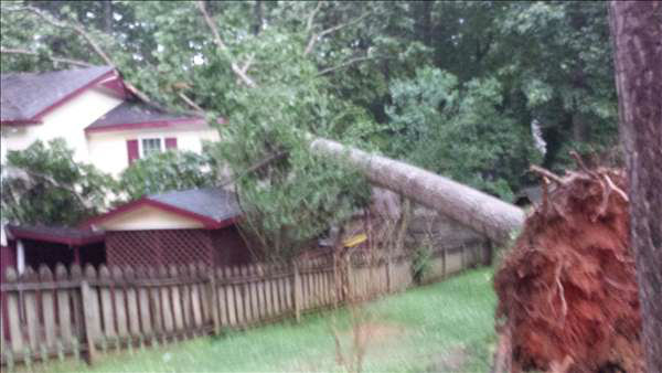 "<div class=""meta image-caption""><div class=""origin-logo origin-image ""><span></span></div><span class=""caption-text"">ABC11 viewers sent in photos from storms moving in across the viewing area Thursday evening. (WTVD Photo/ ABC11 UReport Photos)</span></div>"