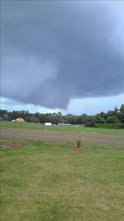 "<div class=""meta ""><span class=""caption-text "">Funnel cloud near NC 97/231, Frazier Road in Nash County. (WTVD Photo/ UReport)</span></div>"