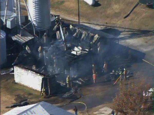 "<div class=""meta ""><span class=""caption-text "">Pictures from Chopper 11 showed a farm building with its roof missing after report of explosion and fire in Edgecombe County. (WTVD Photo)</span></div>"