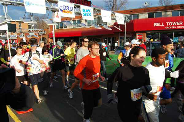 Over 7,700 people showed up for the five mile run and dozen doughnut challenge