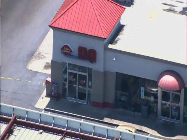 "<div class=""meta ""><span class=""caption-text "">A Lumberton police officer was shot at this gas station/restaurant. (WTVD Photo/ Chopper 11)</span></div>"