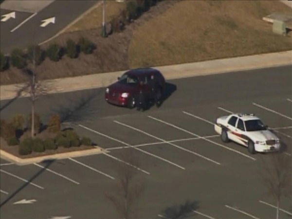 Cary police surrounded a Wachovia bank in Cary Thursday <span class=meta>(WTVD Photo&#47; Chopper 11 HD)</span>