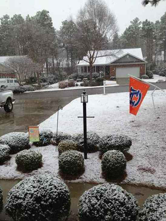 "<div class=""meta ""><span class=""caption-text "">Snow falls in central North Carolina February 16. (WTVD Photo/ Viewer image submitted via uReport)</span></div>"