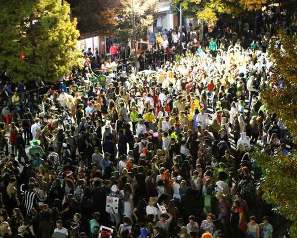Halloween revelers show off their creativity on Franklin Street every year. <span class=meta>(WTVD Photo&#47; Jim Schumacher)</span>