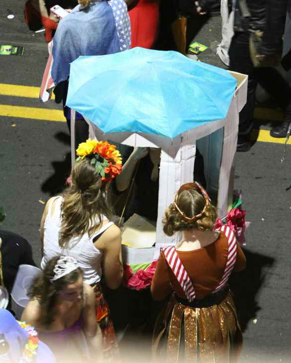 "<div class=""meta ""><span class=""caption-text "">Halloween revelers show off their creativity on Franklin Street every year. (WTVD Photo/ Jim Schumacher)</span></div>"