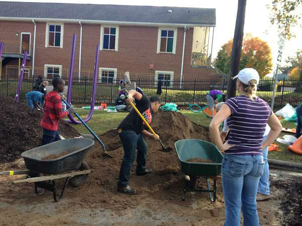 ABC11 staffers joined dozens of community volunteers to build a new playground for children at Durham&#39;s Oakwood Avenue Park. <span class=meta>(WTVD Photo)</span>