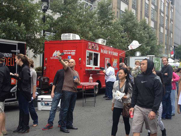 Hundreds turned out Sunday for Raleigh&#39;s final food truck rodeo of the season <span class=meta>(WTVD Photo)</span>