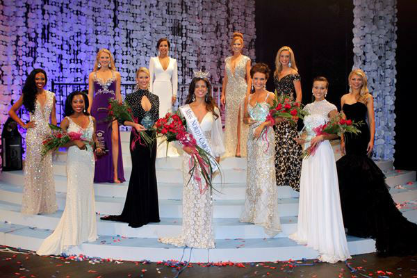 "<div class=""meta ""><span class=""caption-text "">Johna Edmonds, Miss Johnston County, won the Miss North Carolina 2013 title  (Miss NC Scholarship Pageant)</span></div>"