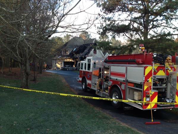 "<div class=""meta ""><span class=""caption-text "">Firefighters responded to the home on Streeter Lane around 4 a.m. (WTVD Photo/ Tommy Harris)</span></div>"