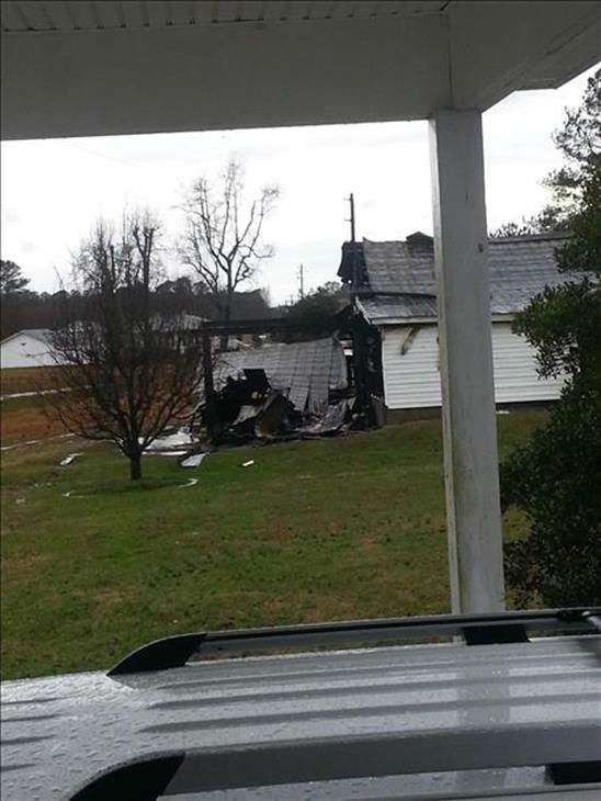 "<div class=""meta image-caption""><div class=""origin-logo origin-image ""><span></span></div><span class=""caption-text"">ABC11 viewers spotted damage from Alamance to Wake Counties after Saturday's tornado warnings swept through the viewing area.  (WTVD Photo/ ABC11 iWitness Photo)</span></div>"