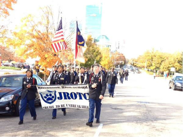 "<div class=""meta image-caption""><div class=""origin-logo origin-image ""><span></span></div><span class=""caption-text"">Hundreds gathered in downtown Raleigh to pay tribute to the men and women who have served our country.  (WTVD Photo/ Lori Denberg)</span></div>"