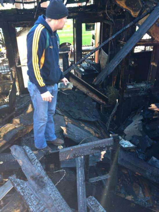 "<div class=""meta image-caption""><div class=""origin-logo origin-image ""><span></span></div><span class=""caption-text"">Hibernian Pub owner Niall Hanley took these photos of the aftermath of Wednesday's fire. (Niall Hanley)</span></div>"