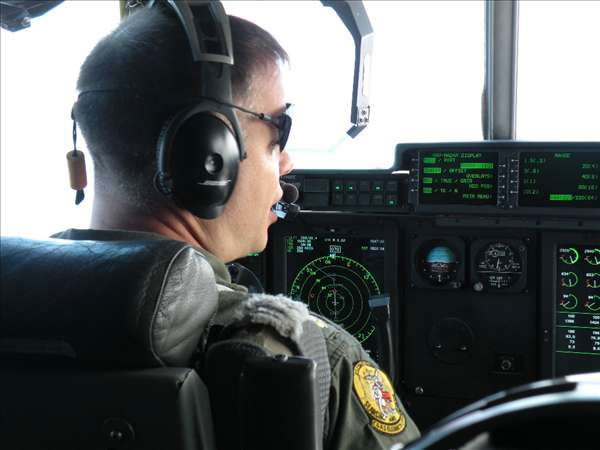 "<div class=""meta ""><span class=""caption-text "">Reporters were invited to ride along Wednesday Sept. 1 as a Coast Guard HC-130J Hercules airplane crew flew along the east coast making Urgent Marine Information Broadcasts about Hurricane Earl. (WTVD Photo/ Mat Mendez)</span></div>"