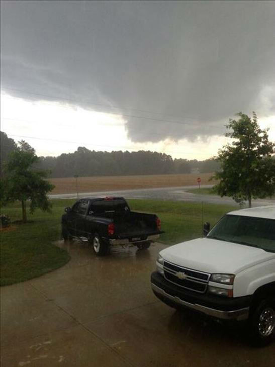 ABC11 UReport photos after tornado warnings were issued for Franklin and Nash Counties  <span class=meta>(WTVD Photo&#47; ABC11 UReport)</span>
