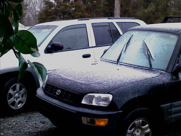 "<div class=""meta image-caption""><div class=""origin-logo origin-image ""><span></span></div><span class=""caption-text"">The Triangle saw rain, sleet, and snow in areas Sunday (WTVD Photo/ uReport viewer submitted image)</span></div>"
