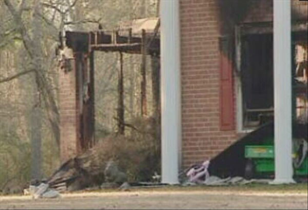 "<div class=""meta image-caption""><div class=""origin-logo origin-image ""><span></span></div><span class=""caption-text"">A soldier and his two daughters died in a house fire in Cumberland County early Tuesday morning. (WTVD Photo)</span></div>"