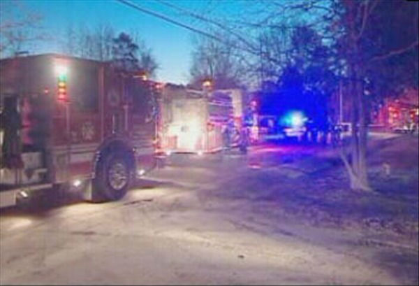 "<div class=""meta ""><span class=""caption-text "">A soldier and his two daughters died in a house fire in Cumberland County early Tuesday morning. (WTVD Photo)</span></div>"