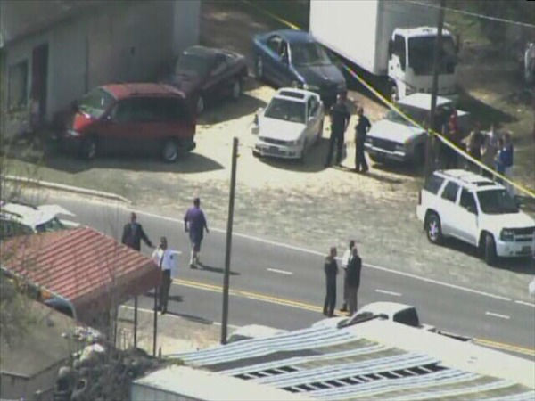 "<div class=""meta image-caption""><div class=""origin-logo origin-image ""><span></span></div><span class=""caption-text"">Police investigate a shooting at East Geer St. and Ferrell Rd. in Durham.  (WTVD Photo)</span></div>"