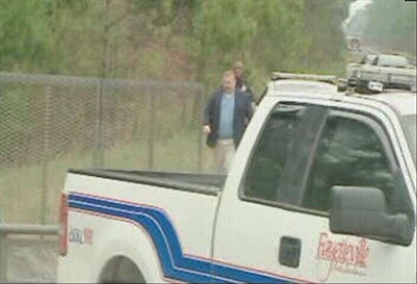 Police search in the area where Bordeaux was last seen.   <span class=meta>(WTVD Photo)</span>