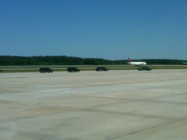 The motorcade at the ready at RDU. <span class=meta>(WTVD Photo)</span>