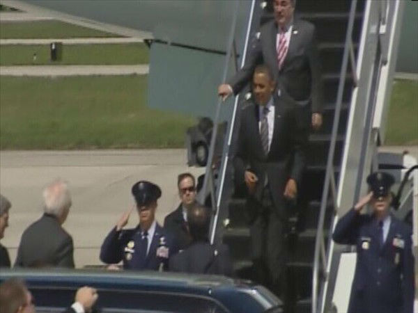"<div class=""meta image-caption""><div class=""origin-logo origin-image ""><span></span></div><span class=""caption-text"">President Obama arrives at RDU. (WTVD Photo)</span></div>"