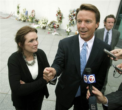 Former Sen. John Edwards, right, arrives with his wife Elizabeth, for the late Sen. Edward Kennedy&#39;s memorial service at the John F. Kennedy Library and Museum in Boston, Friday, Aug. 28, 2009.  <span class=meta>(AP Photo&#47; Michael Dwyer)</span>