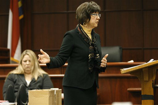 "<div class=""meta ""><span class=""caption-text "">Assistant District Attorney Becky Holt makes opening remarks during Jason Young's retrial on Monday, Feb. 6, 2012 in Raleigh, N.C.  (AP Photo/ Shawn Rocco)</span></div>"