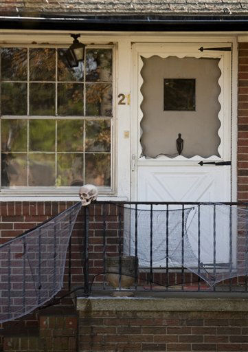 "<div class=""meta image-caption""><div class=""origin-logo origin-image ""><span></span></div><span class=""caption-text"">The home where Zahra Clare Baker was last seen in Hickory, N.C. (AP Photo/ Chris Keane)</span></div>"