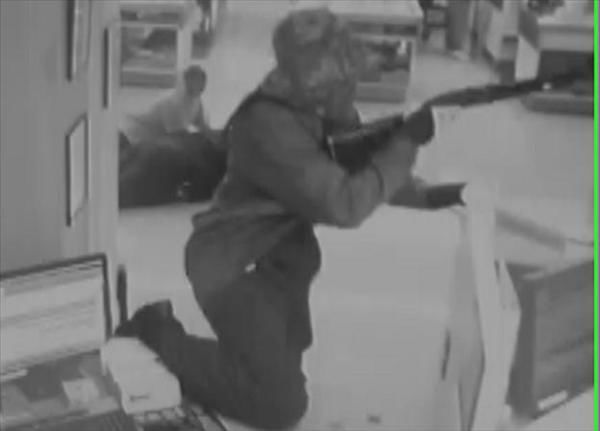 Detectives say the suspect entered the First South Bank inside Smith&#39;s Red and White Grocery store on North Halifax Road and demanded money.    <span class=meta>(Photo Courtesy Nash County Sheriff&#39;s Office)</span>