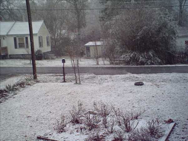Snow photos submitted by ABC11 viewers from around the Triangle <span class=meta>(WTVD Photo&#47; ABC11 Viewer submitted)</span>