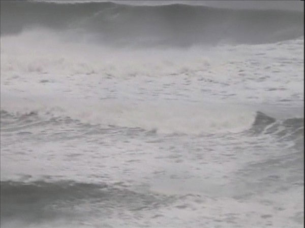 "<div class=""meta image-caption""><div class=""origin-logo origin-image ""><span></span></div><span class=""caption-text"">Chopper 11 HD flies over the Outer Banks after Hurricane Earl passed offshore. (WTVD Photo/ Chopper 11 HD)</span></div>"