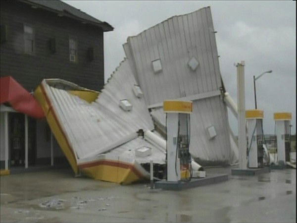 The wind damaged this gas station in Nags Head. <span class=meta>(WTVD Photo&#47; Mat Mendez 11 HD)</span>