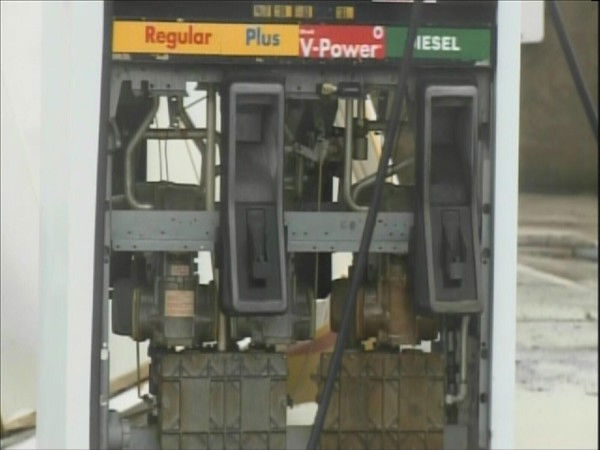 The wind damaged this gas station in Nags Head. <span class=meta>(WTVD Photo&#47; Mat Mendez)</span>