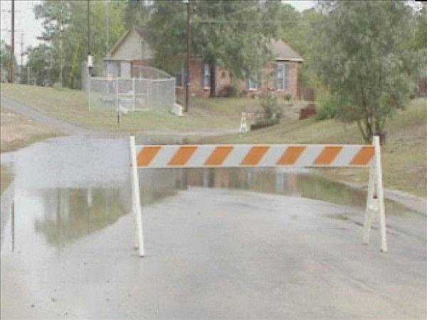 "<div class=""meta image-caption""><div class=""origin-logo origin-image ""><span></span></div><span class=""caption-text"">The Fayetteville area has seen some overflowing creeks and high water on roads, but has been spared major damage. (WTVD Photo/ Fred Heggs)</span></div>"