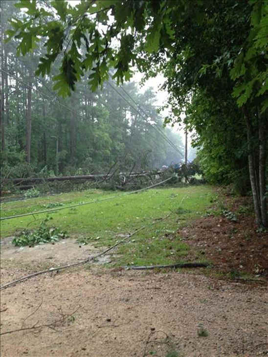 "<div class=""meta image-caption""><div class=""origin-logo origin-image ""><span></span></div><span class=""caption-text"">ABC11 UReport photos after tornado warnings were issued for Franklin and Nash Counties  (WTVD Photo/ ABC11 UReport)</span></div>"