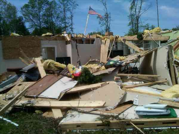 Tornado damage across North Carolina <span class=meta>(ABC11&#47;uReport)</span>