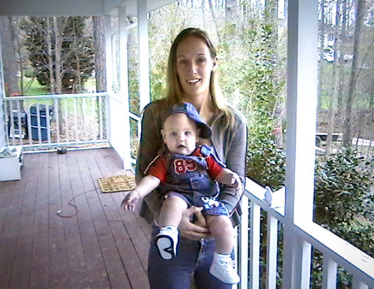 Janet Abaroa with her son <span class=meta>(ABC News)</span>
