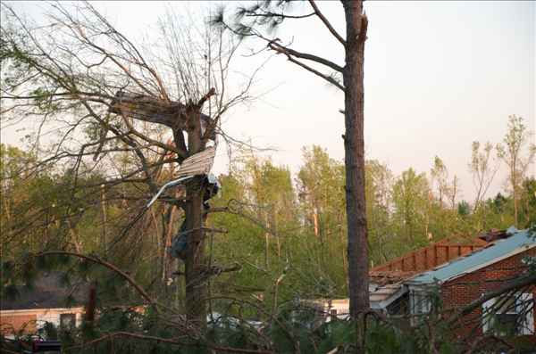 "<div class=""meta image-caption""><div class=""origin-logo origin-image ""><span></span></div><span class=""caption-text"">Tornados Saturday wreaked incredible damage on homes and cars. (WTVD Photo/ uReport image sent in by ABC11 viewer)</span></div>"