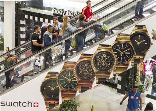 "<div class=""meta ""><span class=""caption-text "">Consumers shop early morning hours Friday, Nov. 23, 2012 at the Glendale Galleria mall in Glendale, Calif.  (AP Photo/ Damian Dovarganes)</span></div>"