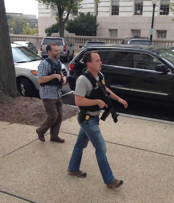 Armed law enforcement officers respond &#40;image courtesy Austin Connor Evans&#41; <span class=meta>(WTVD Photo)</span>
