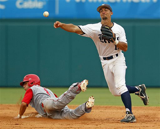 "<div class=""meta ""><span class=""caption-text "">Rice's Ford Stainback, right, throws to first after getting the force on North Carolina State's Trea Turner (8) during the seventh inning of an NCAA college baseball tournament super regional game, Sunday, June 9, 2013, in Raleigh, N.C. (AP Photo/Karl B DeBlaker) (AP Photo/ Karl B DeBlaker)</span></div>"