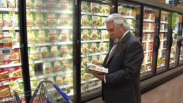 Saving Money in the Grocery Store's Frozen Food Aisle