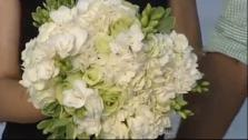 Save Money on Your Wedding: DIY Centerpieces, DIY Bridal Bouquet, DIY Photo Booth and Budgeting Tips from a Wedding Expert