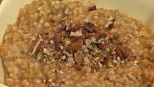 Pumpkin Spice Oatmeal with Toasted Pecans