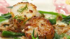Mushroom-Dusted Scallops with Beurre Blanc, Asparagus, Beech Mushrooms and Tarragon